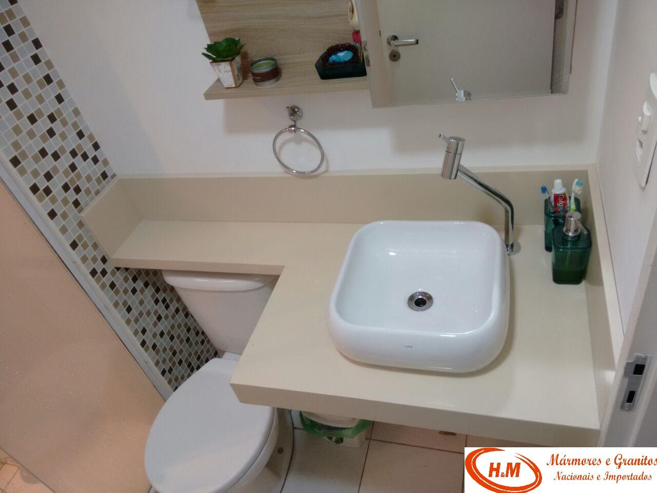 Pin Pias Lavatórios Escadas Balcões Piso Lareiras E Churrasqueira De  #5F4D41 1280x960 Banheiro Com Vaso Bege